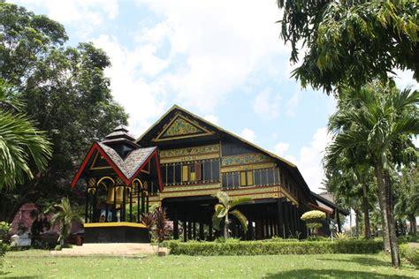 Sofa Di Aceh rumah adat aceh jendela indonesia home design idea