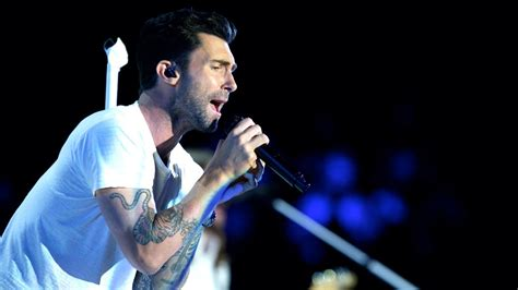 adam levine soundtrack maroon 5 quot love somebody quot the voice highlight adam