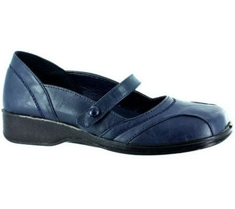 easy comfort shoes easy street scholar comfort mary jane shoes qvc com