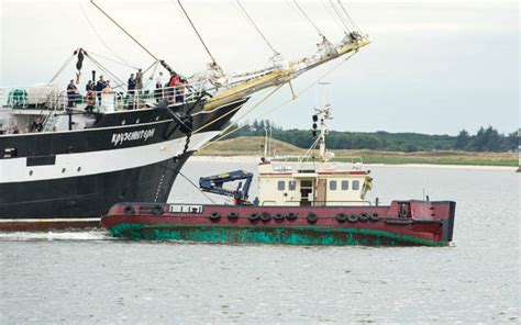 tugboat girting tug sinks in an accident with a tall ship maritime news