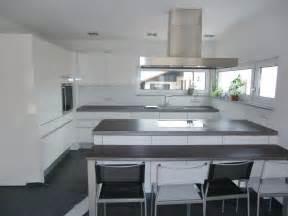 küche kaufen roller funvit schwarze hochglanz fliesen
