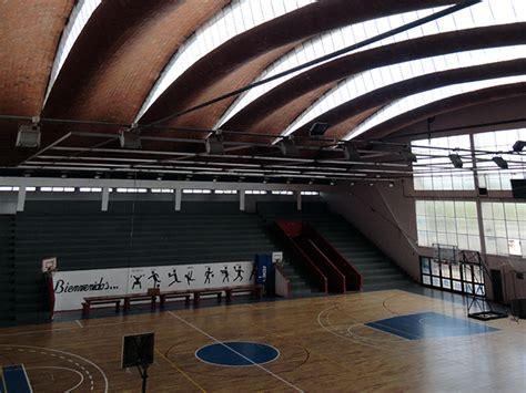iluminacion gimnasio dieste y monta 241 ez s a gimnasios