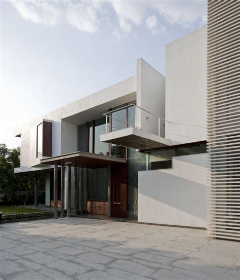 poona house architected by rajiv saini in mumbai india poona house by rajiv saini