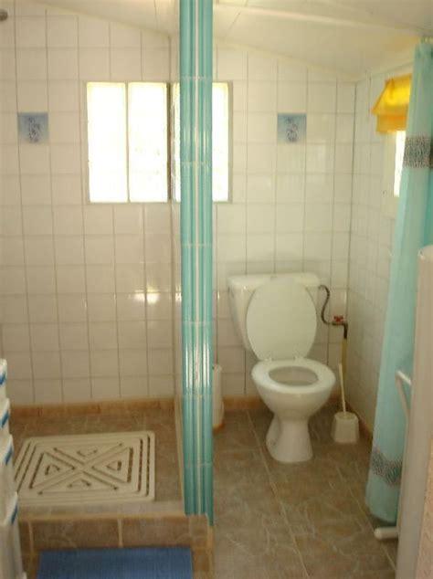 besoin de faire un joint de baignoire tr 232 s large