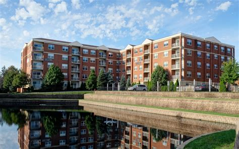 1 place 9th floor itasca il itasca il apartments two itasca place apartments