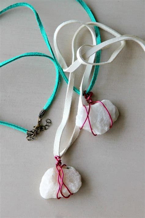 how to make rock jewelry with wire wire wrapped rock necklace momdot