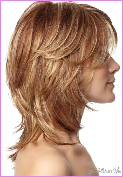 pictures of stylish medium long shag haircuts for women over 50 pictures of medium shag haircuts latestfashiontips com