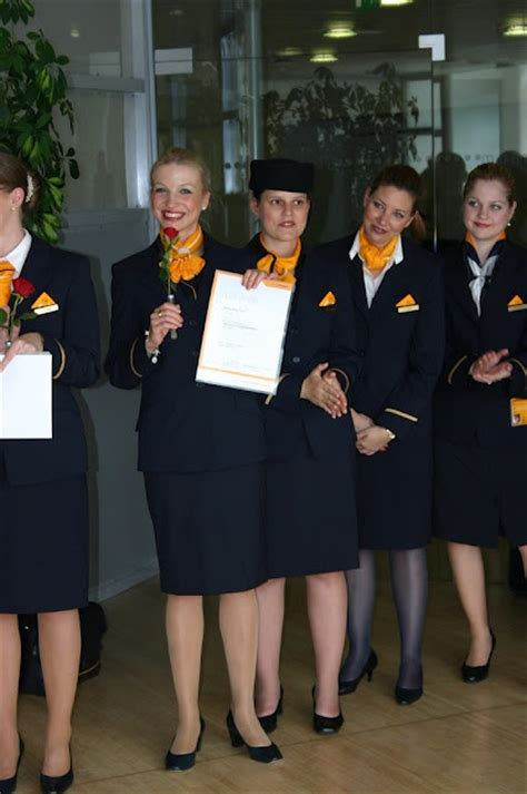 Cabin Crew Lufthansa by 17 Best Images About Lufthansa Cabin Crew On
