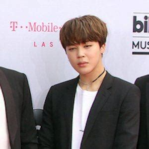 park jimin bio facts family famous birthdays
