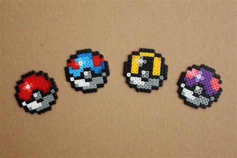 Mini Perler 26mm 2 mini pokeball hama perler bead sprite