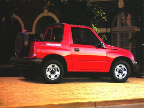 1997 geo tracker overview cars com