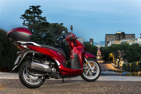 Motorrad Honda 2015 by Honda Sh300i 2015 Test Motorrad Fotos Motorrad Bilder