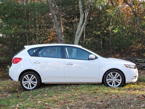2011 kia forte hatchback 2011 kia forte sx five door hatchback weekend drive page 2