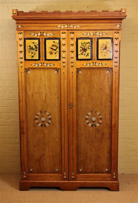 arts  crafts wardrobe  antiques atlas