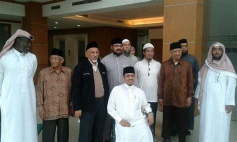 pendirian yayasan di indonesia rabithah alam islami dirikan yayasan pendidikan di