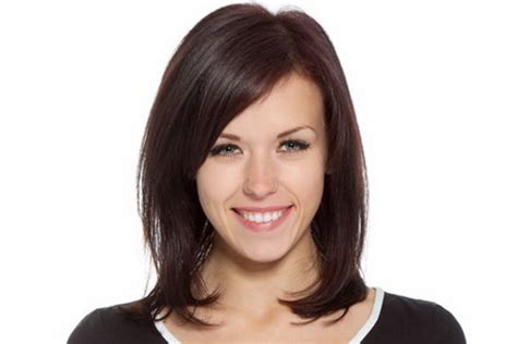 below shoulder simple layered hair style medium haircuts for fine straight hair