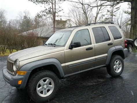 older jeep liberty sell used jeep liberty crd diesel old man emu suncoast