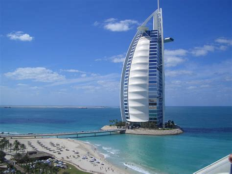 al burj burj al arab is a luxury hotel located in dubai united