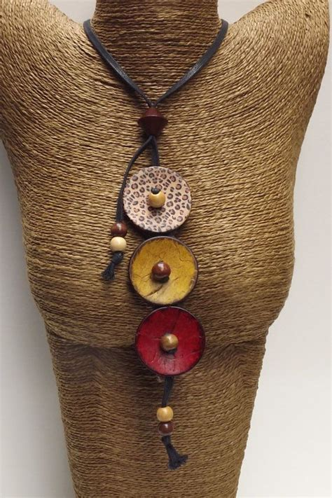 Handmade Button Jewellery - button necklace button jewelry button jewellery