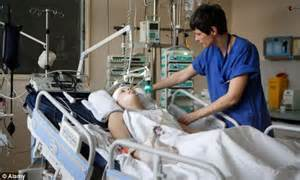 What Makes A Icu by Patients Who Cannot Make Expressions Could Be Suffering From And Lung Disease Daily Mail