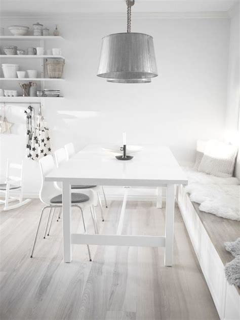 Ideas For Whitewash Furniture Design 45 Cozy Whitewashed Floors D 233 Cor Ideas Digsdigs