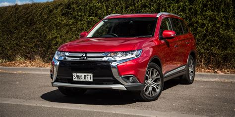 mitsubishi outlander 2016 2016 mitsubishi outlander exceed review caradvice