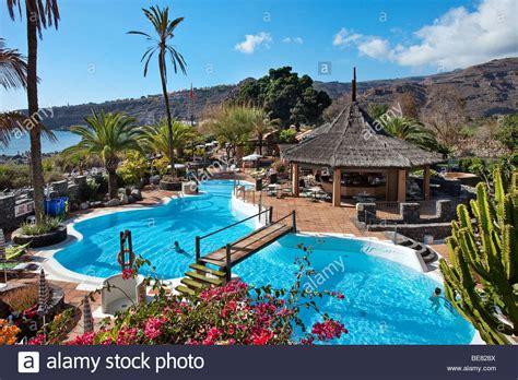 la gomera hotel jardin tecina blick auf den swimmingpool des hotel jardin tecina im