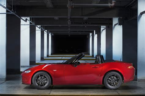 mazda 6 curb weight 2016 mazda mx 5 curb weight in perspective 187 autoguide