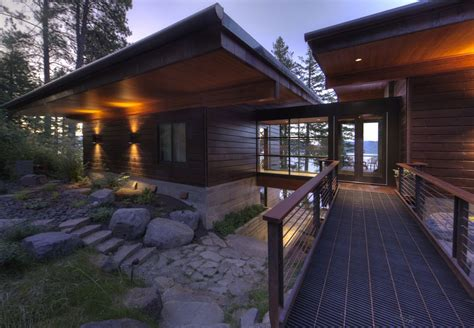 contemporary cabin modern lakefront cabin in idaho usa