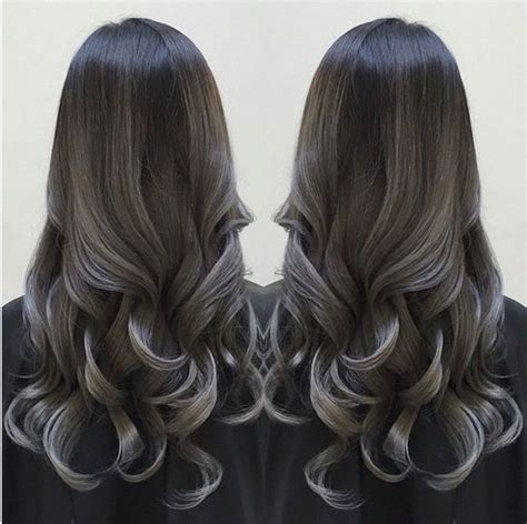 black and white color hairstyles hit w koloryzacji dla brunetek ombre w popielatych odcieniach
