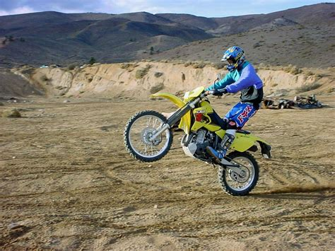 budget motorcycle top 10 budget wheelie bikes visordown