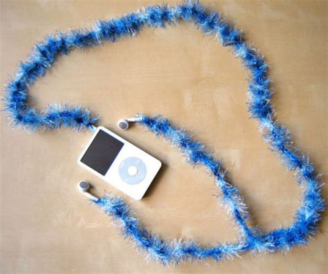 Decorated Earbuds by 7 Colorful Diy Headphones Decor Ideas Shelterness