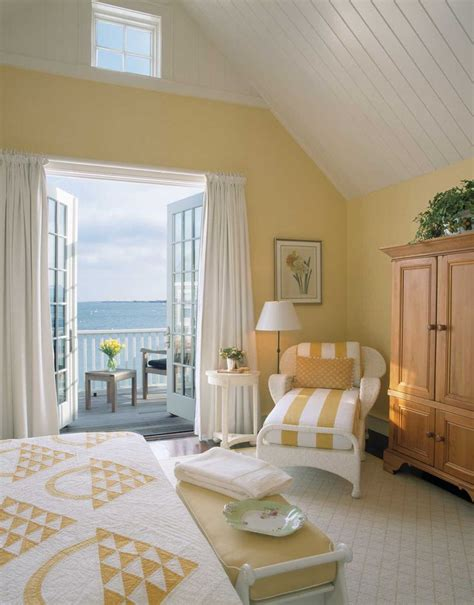 Yellow Bedroom With White Furniture by Best 25 Cottage Bedrooms Ideas On