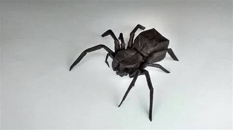 Simple Origami Spider - 13 incredibly creepy origami spiders