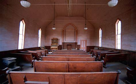 night church services near me