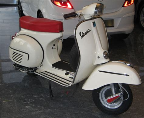 Auto Lackieren Mit Roller by Vespa Lackierung Ral 9001 Cremewei 223 Oldtimer Roller Fotos