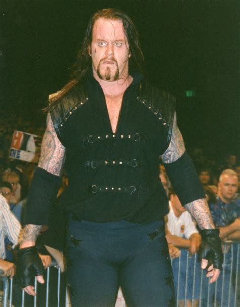 undertaker biography in english file undertaker standing 1997 jpg wikimedia commons