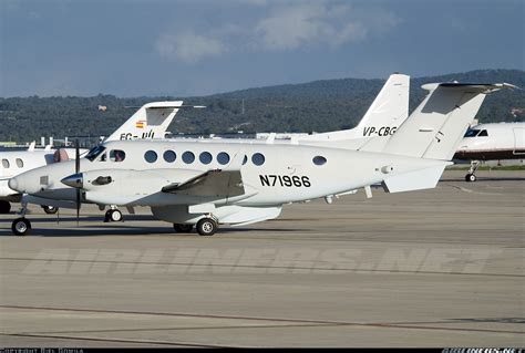 hawker beechcraft 350er king air b300 untitled aviation photo 1429380 airliners net
