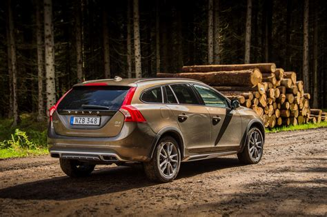 v olvo 2017 volvo updates xc90 d5 powerpulse t5 awd s60 cross