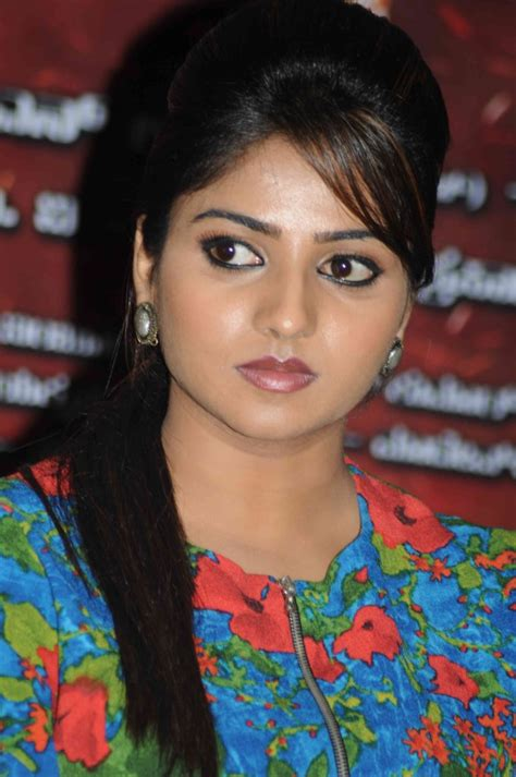 film heroine photos kannada photo heroine rachita ram actress photos in rathavara