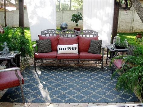 cheap outdoor rug ideas 13 expensive looking outdoor rug ideas that cost less than 20 hometalk