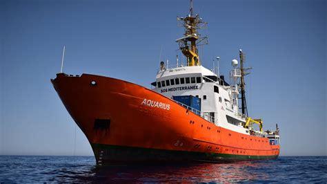 aquarius dernier bateau marseille le navire humanitaire l aquarius en route vers