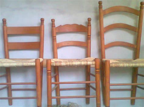 natura morta con sedia impagliata la sedia impagliata di cori artigianato lazio