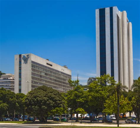 Miami Of Ohio Mba Ranking by Escolas Da Fgv Lideram O Ranking Nacional Do Mec Ibe