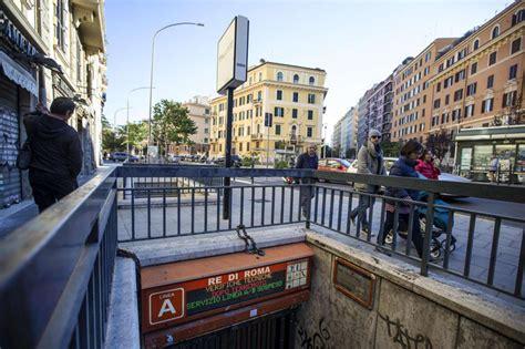 metro porta di roma terremoto roma evacuate le linee della metro a e b per