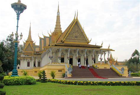 talkkhmer architecture wikipedia file royal palace phnom penh cambodia 1 jpg wikimedia