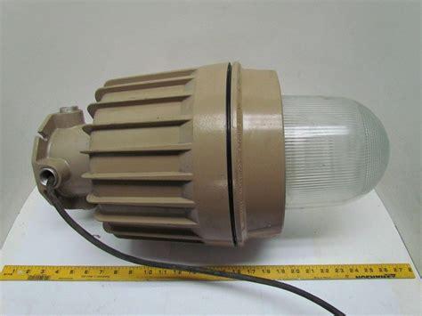 explosion proof light fixture hubbell killark ezh250 hostile lite enviroment light