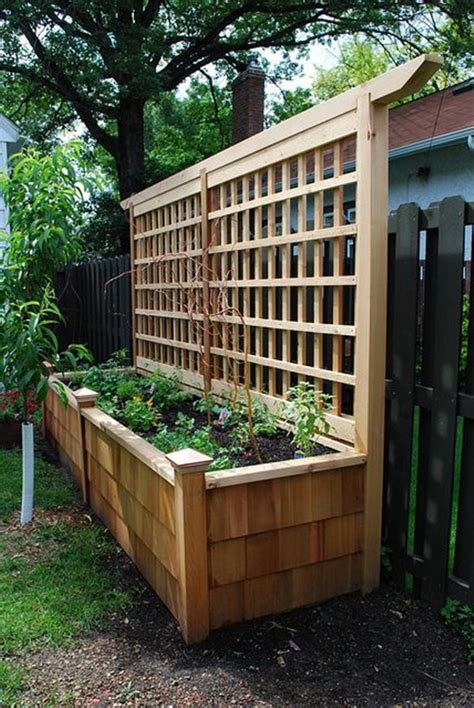 Garden Trellis Planter by 40 Creative Garden Fence Decoration Ideas