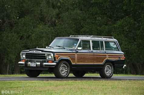 jeep grand wagoneer 1990 jeep wagoneer information and photos zombiedrive