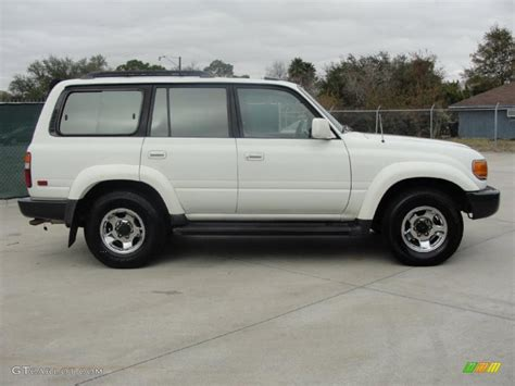 toyota land cruiser 1997 white 1997 toyota land cruiser standard land cruiser model